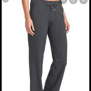 Athleta Stripe Midtown trousers grey size 4